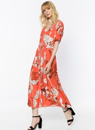 Random V Yaka Çiçekli Uzun Elbise Kırmızı